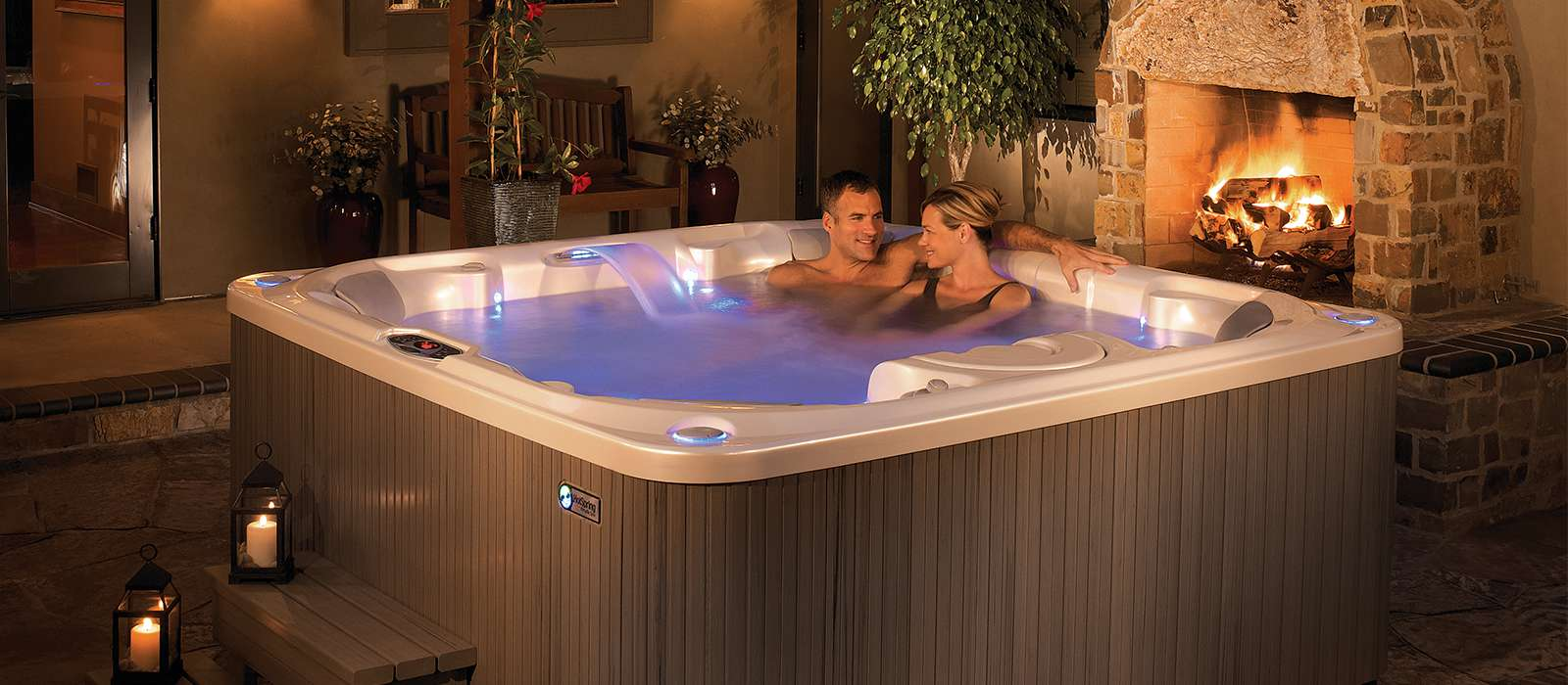 Pulse 7 person Hot Tub
